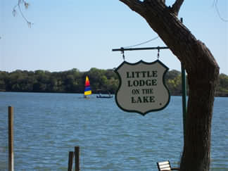 Little Lodge on the Lake